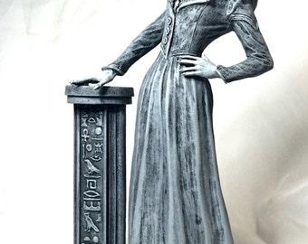 Lady Bast Statue