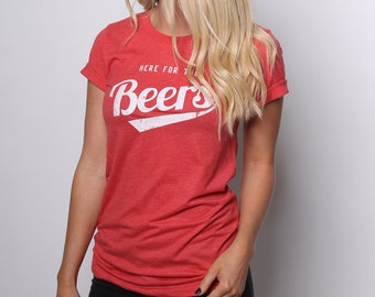 Beer Shirt - Beer Tshirt - Beer Drinking Babe - Vintage Beer - Vintage Tshirt - Graphic Tees for Women - Beer Gifts