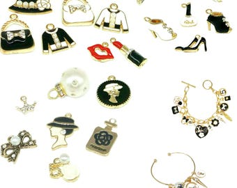 Fashion Bulk Charms for Jewelry Making Juicy Couture Pendant Dangle How To Make Jewelry Black White Red Lips Eiffel Tower Crown,2/5pcs,MIX