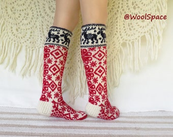wool socks for women, hand knit socks, red white, scandinavian knit No279