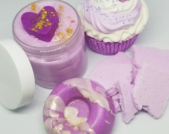 The lavender collection bath & Body gift set 4pc