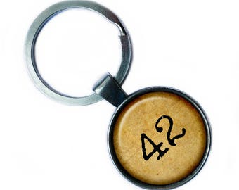 """Hitchhiker's Guide to the Galaxy """"42"""" Keychain Keyring"""
