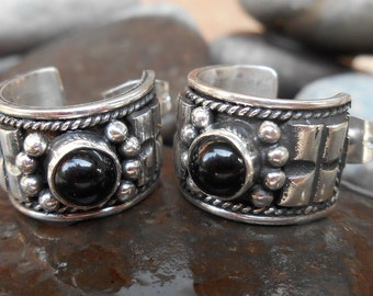 Sterling Silver black onyx hoop stud Earrings  / Creolen style / silver 925 / Balinese handmade jewelry ?(#53m)