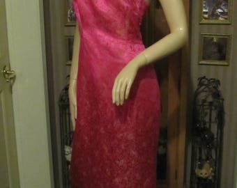 Beautiful Donna Morgan Pink Satiny Linen and Silk Floral Dress size 10