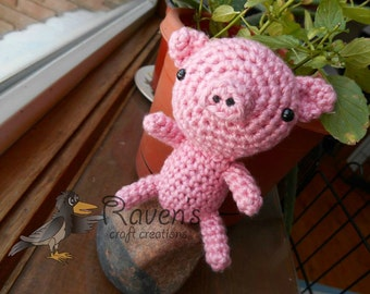 Pete the Piggy- MADE to ORDER- Pig Amigurumi Toy, shower gift, Valentine's Day