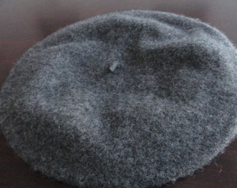 Vintage 1960's Gray Beret Angora & Wool Classic Great Condition No Tags