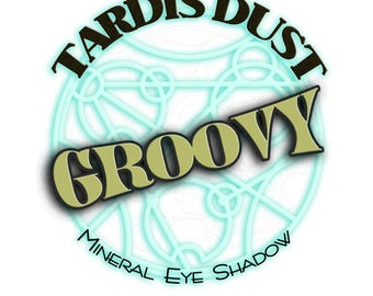 TARDIS DUST *Groovy* - Doctor Who Inspired Loose Mineral Eye Shadow - Bill Potts Golden Green