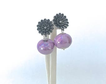 Ceramic violet flower Earrings, bridal earrings, bridesmaids jewels, treat yo self, ceramic birthday gift, unique creations, black and lilac