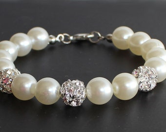 Pearl bracelet, bridesmaid jewelry, bridal party gift, wedding gift, pearl and rhinestone, ivory pearl bracelet, maid of honor gift