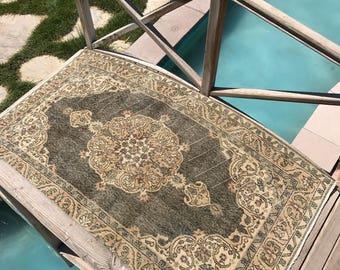 "Vintage rug,hallway rug.3""7x6""7ft. Oushak rug,floor rug,hallway rug,medallion rug,oushak vintage rug,hallway rug,rugs,turkish rug,area rug."