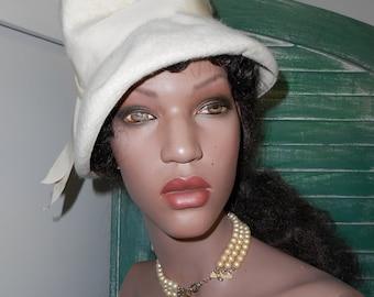 60's Mod Off White Wool Hat w/Ribbon, Tall Hat w/Brim