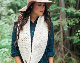 The Nor'Easter Scarf in Linen, Chunky Infinity Scarf, Circle Scarf, Crochet Scarf, Women's Scarf, Winter Accessories, Winter Scarf