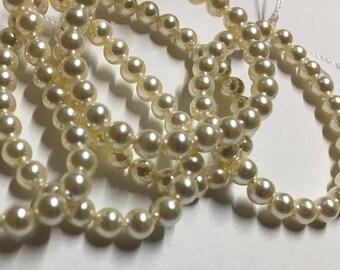Cream Pearl Swarovski Glass Pearls 4mm 5810 25 pearls