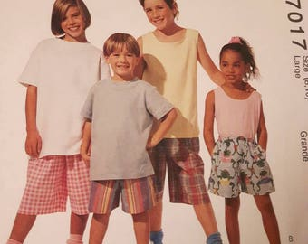 McCall's 7017, Child's Shorts Sewing Pattern