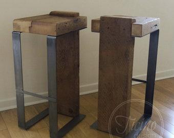 Rustikale Barhocker rustikale barhocker altholz und metall barhocker industrie