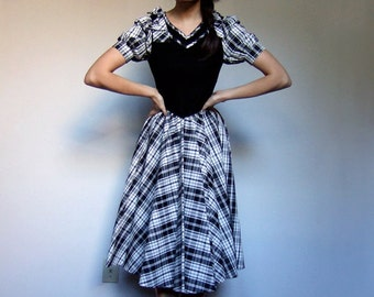 Plaid Party Dress Short Sleeve Full Skirt Vintage Black White Holiday Christmas Dress - Extra Small XXS XS