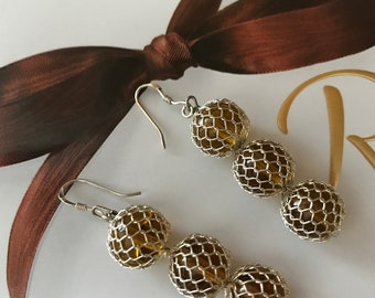 Faux Amber Netted Dangle Earrings