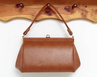 Vintage 1960s Top Handle Bag | Brown Tan Leather Vintage Handbag | Rockabilly Pinup Accessory |  Clamshell Clasp Purse