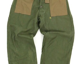 US vintage high-waist military pants/Ver.2/remade/changed coveralls/green/1960's/cotton/hand repaired/544