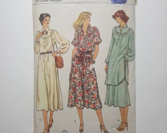 "Sewing Pattern for Shirtwaist Dress, Tunic or Blouse and Skirt 70s Vintage Size 12 Bust 34"" (87 cm) Vogue 7142 G"