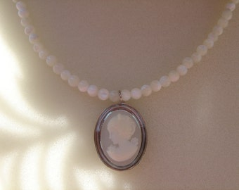 Cameo necklace, necklace, beautifully with mother of Pearl
