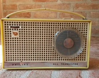 Vintage Philips radio not working