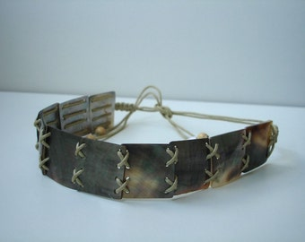 Mother of pearl collar