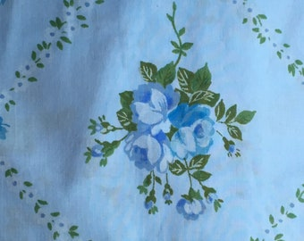 Vintage Full Fitted Sheet / Baby Blue  / Repurpose Reuse Recycle Craft Quilt Collect
