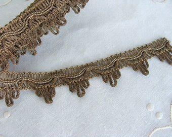 Vintage Metallic Gold Ribbon Lace Trim