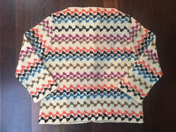 Adorable Vintage Womens Knit Top With 34 Length Sleeves