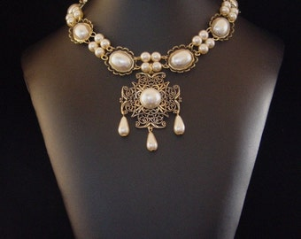 Renaissance Necklace, Medieval Necklace, Tudor Necklace, Medieval Jewelry, Renaissance Jewelry, Antiqued Gold Plated, Ldy Rebekka U Pk Color