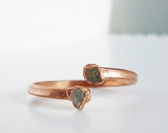 Two Labradorite ring / petite ring / open ring / electroformed ring / dainty ring / raw stone ring /blue green ring / Ring size 8