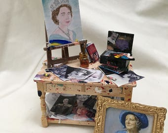 Dolls House Miniatures - Artist's Table (Queen)