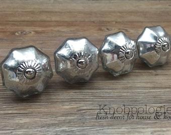 "SET OF 4 - 1.75"" Mercury Silver Scallop Glass Knob - Modern Drawer Pull - Decorative Knob"