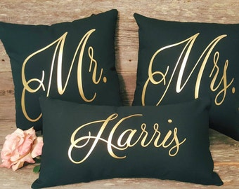 Mr and Mrs Pillow Set - Wedding Pillow Sets - Bridal Shower Party - Anniversary Gift - Last Name Pillow - Wedding Decor - Wedding Photo Prop