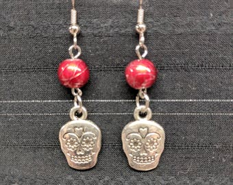Skull earrings, Skull Jewelry, Sugar skulls, Sugar skulls earrings, Sugar skull jewelry, Sugar skull, Day of the Dead earrings,