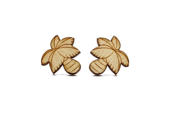 Palm tree studs - coconut tree earrings - California jewelry - tiny jewellery - lasercut maple wood - hypoallergenic surgical steel posts
