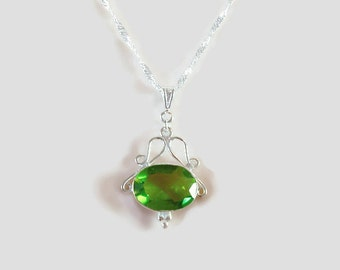 Quartz Necklace Green - Stone Necklace Women - Green Crystal Necklace Silver - May Birthstone Jewelry - Green Gemstone Pendant Peridot N1108