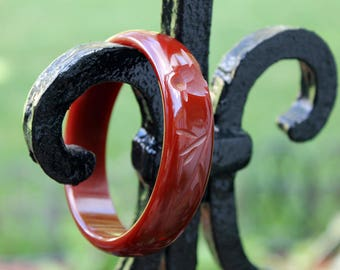 Carved Red Bakelite Bangle with Bird Design, Bakelite Jewelry