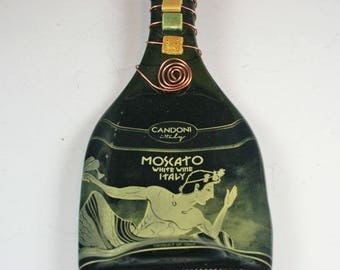 Candoni Moscato D'Italia Wine Bottle Cheese Board/ Italian Wine /Gift for the Wine Drinker,  Wine Cheese Tray / Recycled Glass
