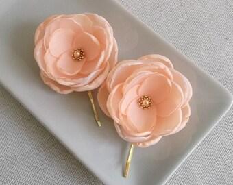Peach hair flowers, Bridal hair pins, Bridesmaids hair clips, Peach shoe clips, Bridal dress sash flowers brooch, Flower girls gift, grips