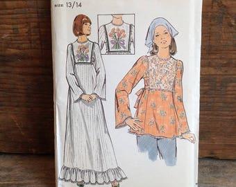 1970's Vintage Butterick Pattern. Pattern #4070. Uncut Pattern. Vintage A-line Dress and Tunic. Vintage Teen Dress Pattern.  Sale Pattern.