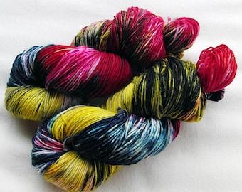 Handpainted  DK Sock Yarn, 75 Wool , 25 Nylon 200g 7.0 oz.  Nr. 148