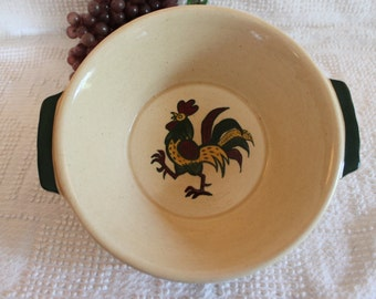 """Metlox Poppytrail 8"""" Round Serving Bowl with Handles- Rooster Pattern in Excellent Condition!"""