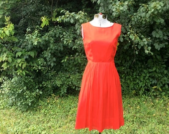 Vintage Red Cocktail Dress // 1950s Party Dress // Crepe Full Skirt Holiday Fashion