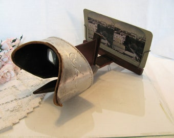 Antique Steroscope / Underwood and Underwood Metal and Wood Stereoscope / View Finder