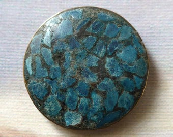Turquoise tesserae button, vintage.  A peasant button from India or Afghanistan, turq. chips in a resin matrix, metal cup/loop shank. c1940s
