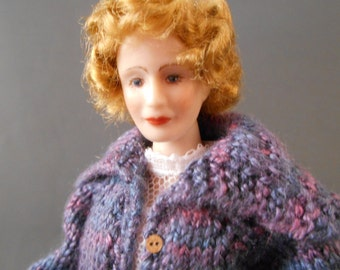1 Inch Scale Porcelain Dollhouse Miniature Doll