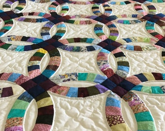 Beautiful Double Wedding Ring Quilt Hand Quilted Handmade Amish Made Bright Heirloom Quality Spectacular
