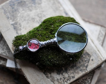 Mothers Day Gift, Loupe Magnifying Glass Pendant -NOSTALGIC LOUPE - Terrarium necklace - Real plant - Useful gift - Handmade by Mariaela
